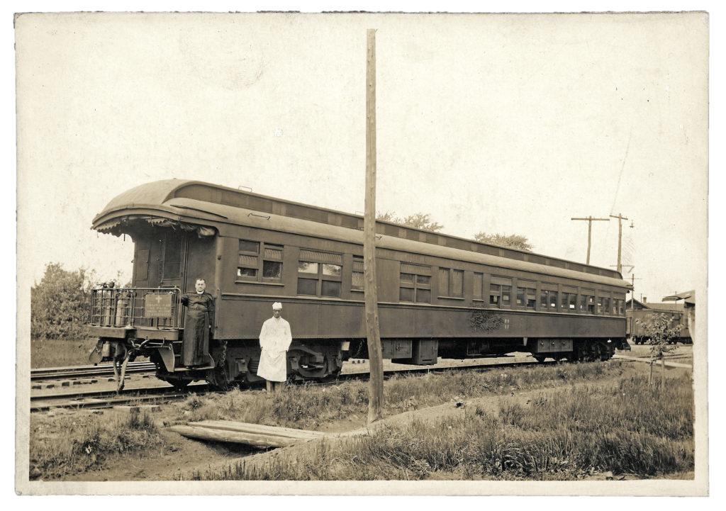 1918 Flu vs Coronavirus, Chapel Cars