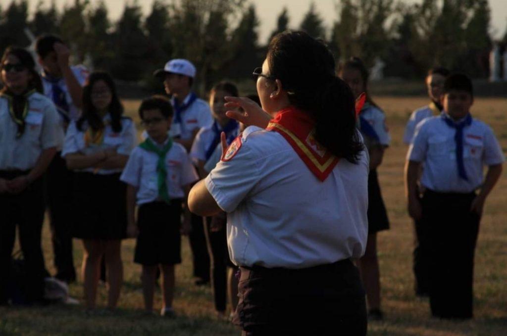Vina Nguyen talks to young people